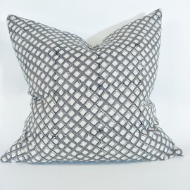 ODETTE GREY LINEN CUSHION